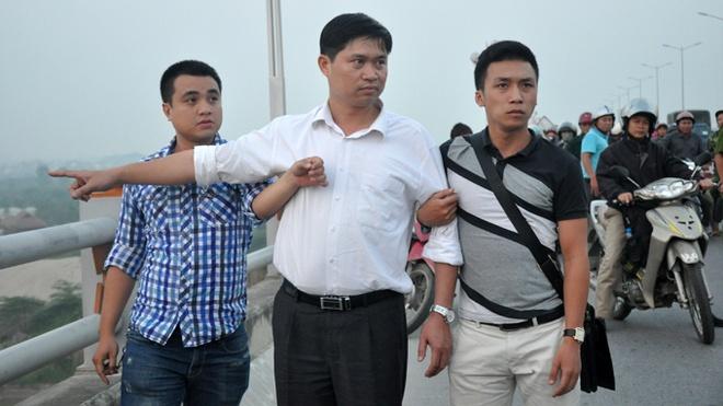 Bac si Tuong bat ngo vi van chua thay xac chi Huyen hinh anh