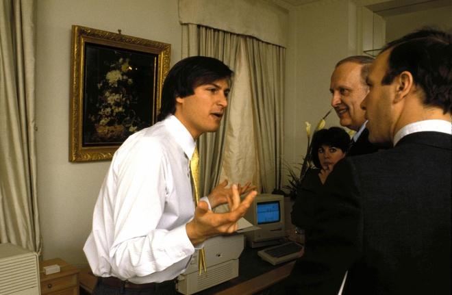 Tuoi tre cua Steve Jobs: That bai lien mien, choi bo con gai ruot hinh anh 6