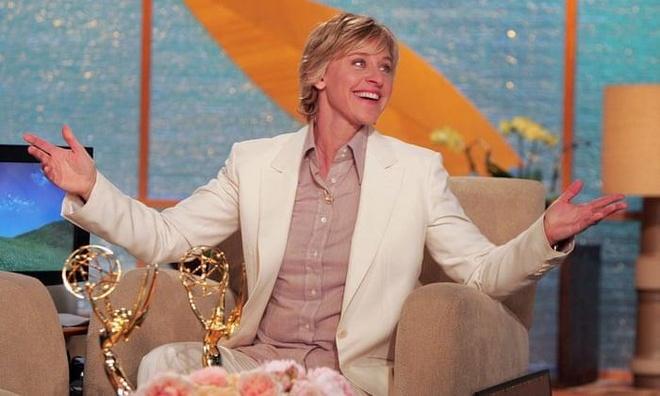 Tuoi tre cua MC Ellen: Cong khai gioi tinh that, ca nuoc My quay lung hinh anh 9