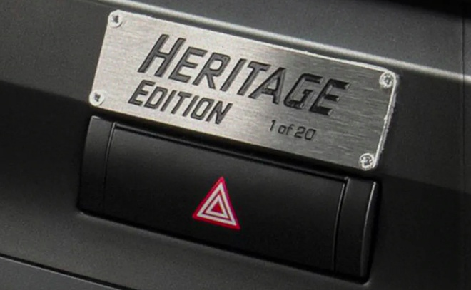 Toyota Land Cruiser Heritage Edition day hoai co anh 7