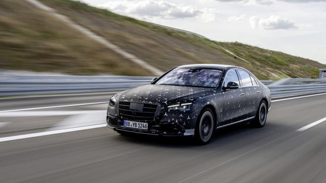 Mercedes-Benz S-Class moi co them nhieu tinh nang van hanh quan trong anh 3