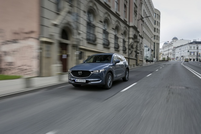 Mazda6,  CX-5 va CX-9 co them phien ban Carbon Edition anh 2
