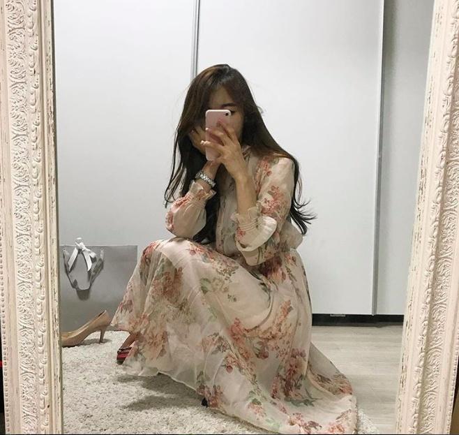 Song Hye Kyo, Son Ye Jin deu me man vay hoa hot nhat mua he hinh anh 11