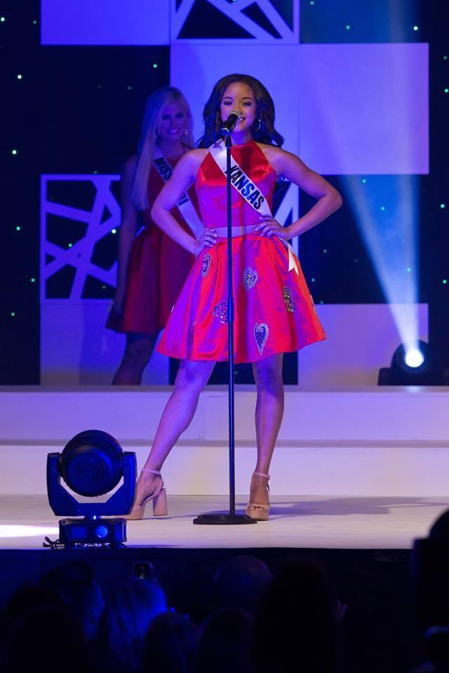 Co gai da mau 17 tuoi dang quang Miss Teen USA hinh anh 1