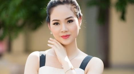 Hoa hau Mai Phuong tai xuat xinh dep sau 16 nam dang quang hinh anh
