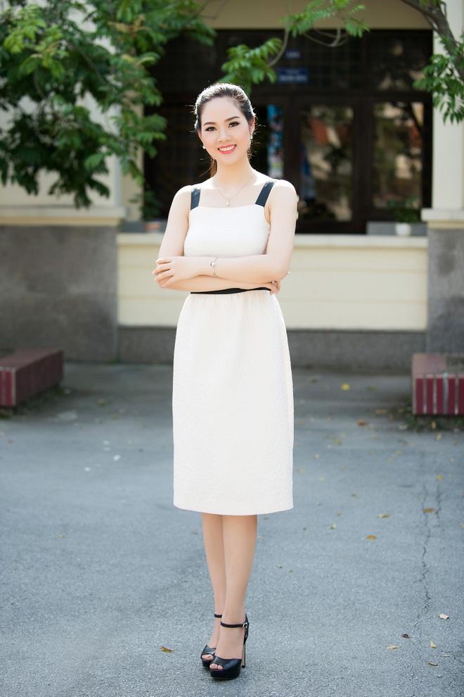 Hoa hau Mai Phuong tai xuat xinh dep sau 16 nam dang quang hinh anh 2