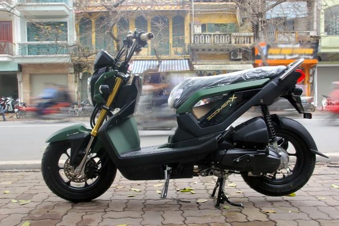 Honda Zoomer-X mau xanh quan doi gia 61 trieu tai Ha Noi hinh anh