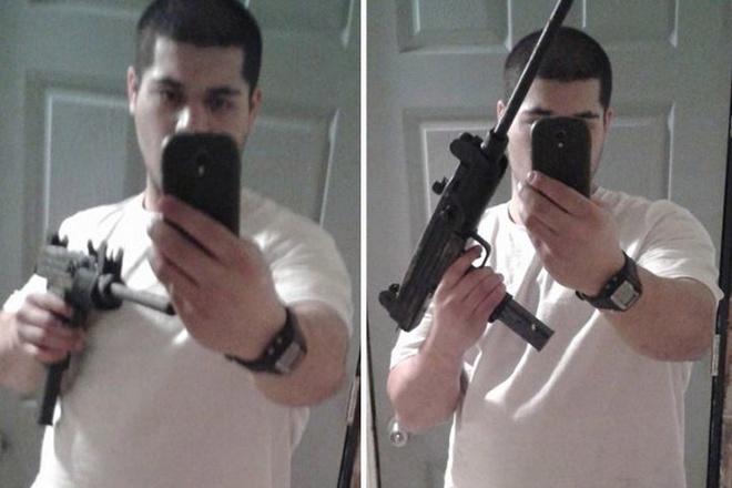 """10 pha ngoi tu vi thich chup anh tu suong hinh anh 4 Justin Bahler, 21 tuổi, """"tự sướng"""" với khẩu súng và đăng ảnh lên Facebook. Sau đó, tên này cướp ngân hàng tại Michigan (Mỹ). Điều tra viên xem lại băng ghi hình, nhận ra thủ phạm và tiến hành bắt giữ."""