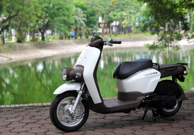 Can canh xe ga phong cach la Honda Benly 110 tai Ha Noi hinh anh