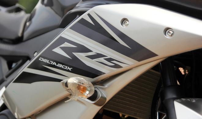 Can canh Yamaha R15 2014 moi ve Ha Noi hinh anh 6