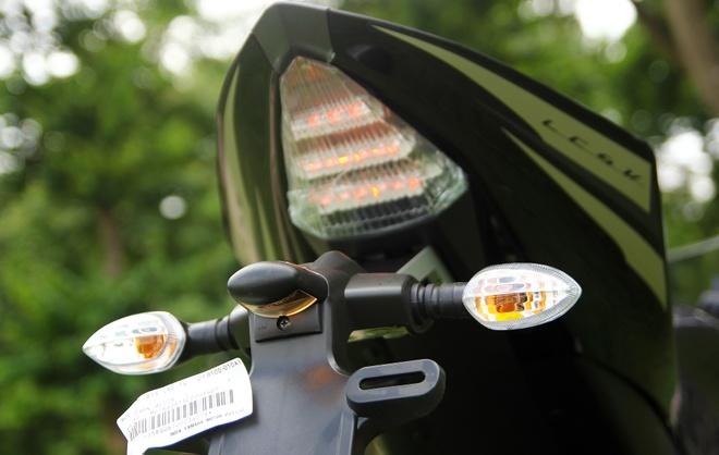 Can canh Yamaha R15 2014 moi ve Ha Noi hinh anh 18