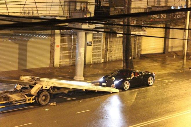 Ferrari 458 Italia mau den chuyen khau tu Sai Gon ra Ha Noi hinh anh