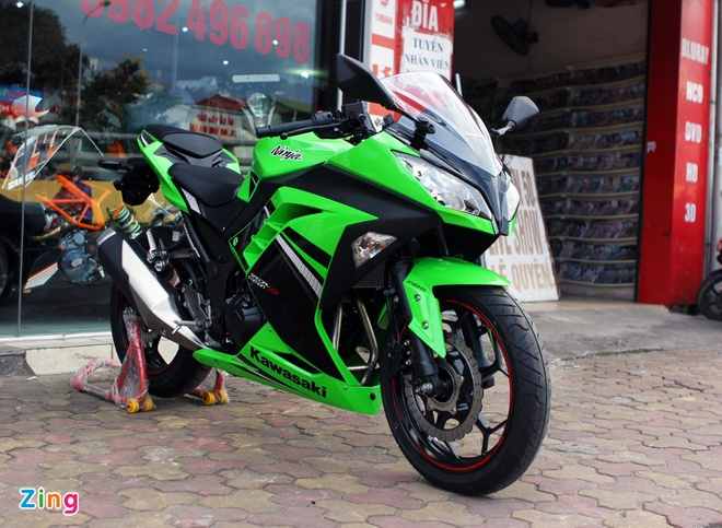 Honda CBR300R do dang Kawasaki Ninja 300 tai Ha Noi hinh anh 4