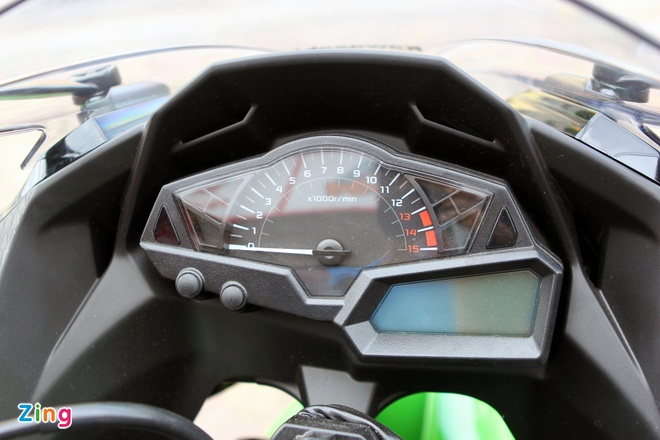 Honda CBR300R do dang Kawasaki Ninja 300 tai Ha Noi hinh anh 10