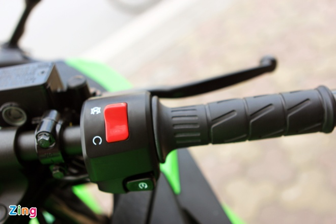 Honda CBR300R do dang Kawasaki Ninja 300 tai Ha Noi hinh anh 14