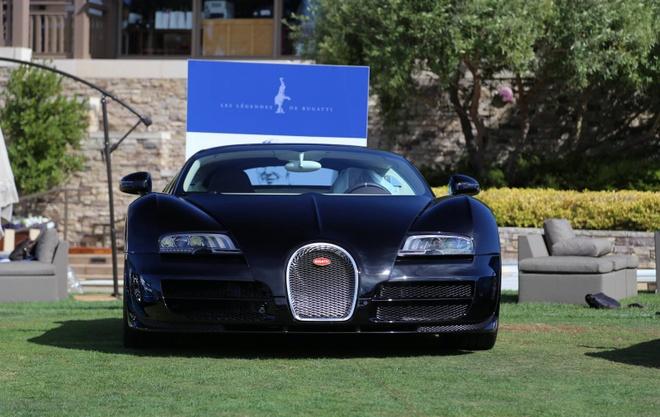 Can canh loat 6 sieu xe Bugatti Veyron huyen thoai hinh anh 4 Không lâu sau khi ra mắt mẫu xe đầu tiên trong loạt siêu xe huyền thoại, hãng xe Pháp tiếp tục tung ra siêu xe Bugatti