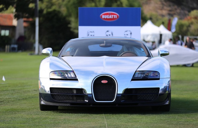 Can canh loat 6 sieu xe Bugatti Veyron huyen thoai hinh anh 8
