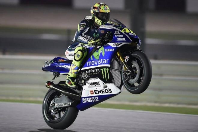 Exciter GP va Nouvo moi ra mat tai Viet Nam vao quy IV hinh anh 1 Tay đua Valentino Rossi điều khiển siêu mô tô Yamaha M1 ở giải đua MotoGP 2014. Ảnh: Fanpop.