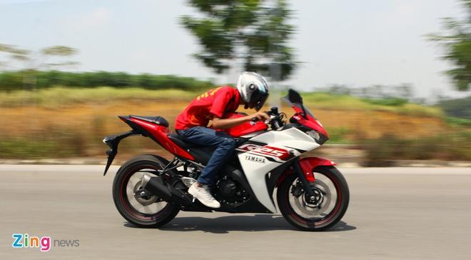 Chay thu Yamaha R25: Hoan hao cho nguoi moi choi sportbike hinh anh 7 Trên đường cao tốc R25 thể hiện hết những gì là tinh túy của mình.