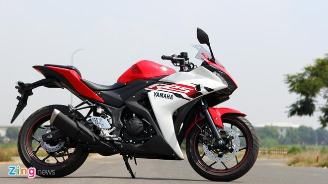 Chay thu Yamaha R25: Hoan hao cho nguoi moi choi sportbike hinh anh 2 Yamaha R25 nhận được sự quan tâm của nhiều biker trên thế giới.