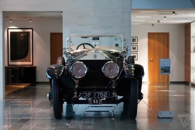 Kham pha nha may san xuat cua Rolls-Royce hinh anh 1