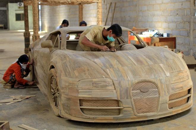 Sieu xe Bugatti Veyron lam tu go hinh anh