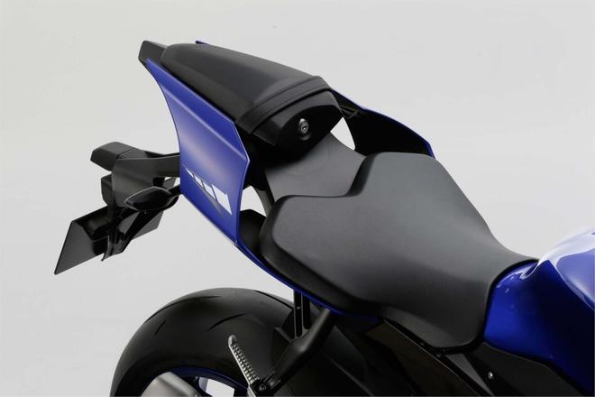 Anh chi tiet sieu mo to Yamaha YZF-R1 2015 moi ra mat hinh anh 15