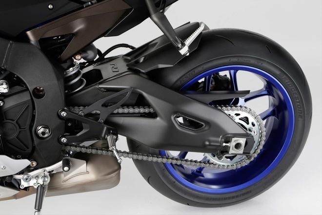 Anh chi tiet sieu mo to Yamaha YZF-R1 2015 moi ra mat hinh anh 19