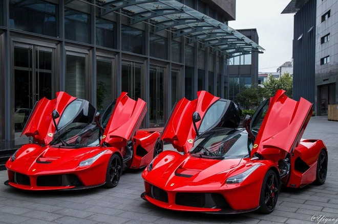 Bo doi sieu xe trieu do Ferrari khoe dang tai Thuong Hai hinh anh