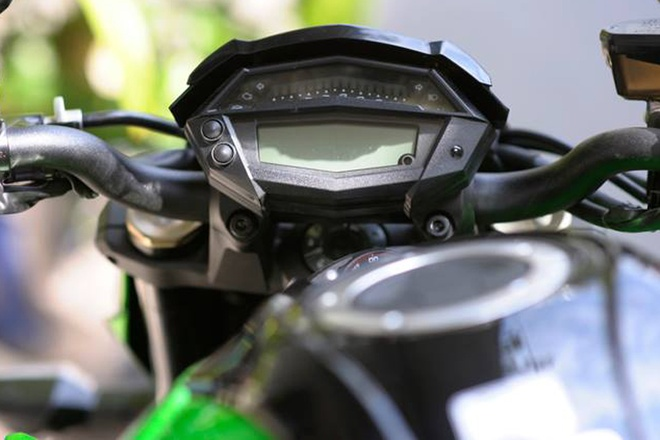 Can canh Kawasaki Z1000 2015 gia 500 trieu tai Sai Gon hinh anh 3