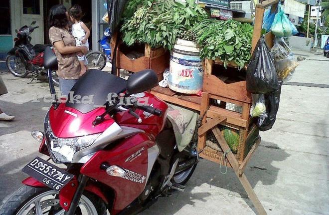 Yamaha R25, Honda CBR250R dung lam xe ban rau qua hinh anh 3
