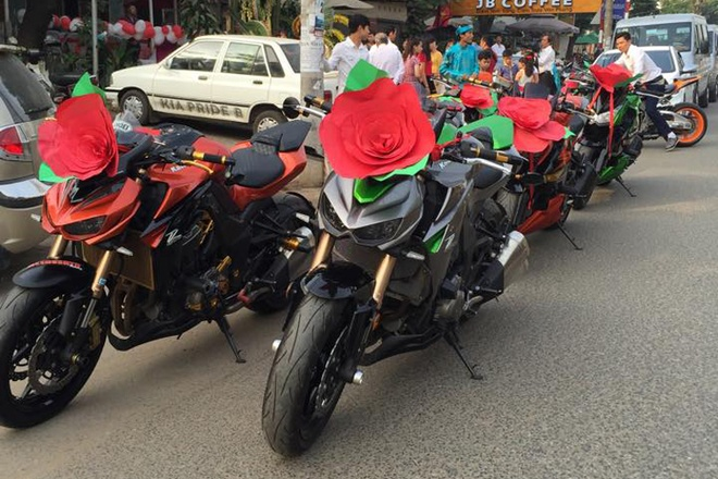 Kawasaki Z1000 trang tri la mat di ruoc dau tai Bien Hoa hinh anh