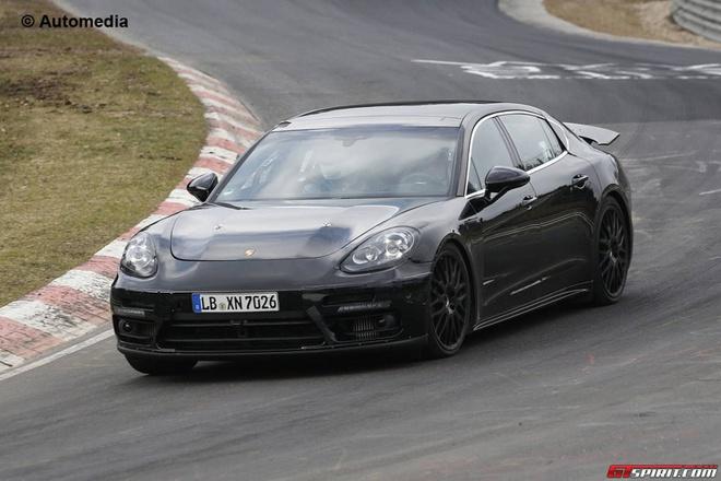 Porsche Panamera the he moi lo anh chay thu hinh anh