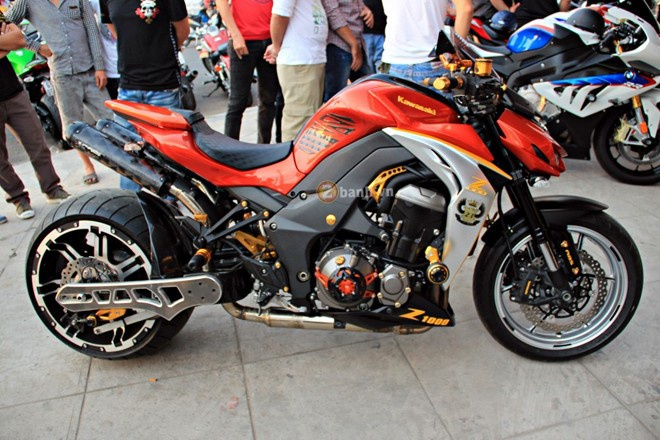 4 chiec Kawasaki Z1000 do doc dao cua biker Viet hinh anh