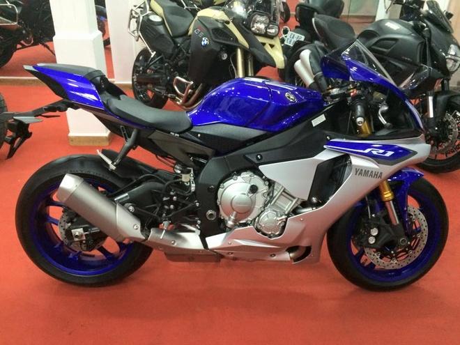 Sieu moto Yamaha YZF-R1 2015 dau tien ve Viet Nam hinh anh