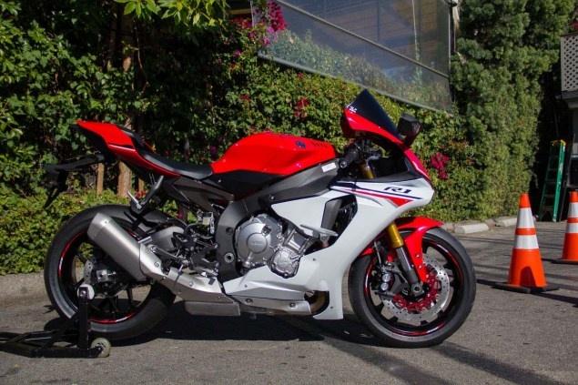 Nhung yeu to giup Yamaha YZF-R1 2015 duoc san don hinh anh