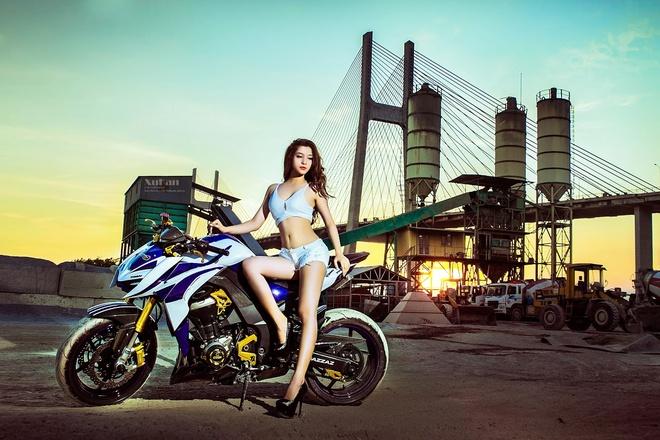 Bong hong Sai Gon nong bong ben Kawasaki Z1000 do hinh anh