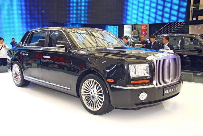 Nhung mau oto nhai trang tron cua cac hang xe Trung Quoc hinh anh 8 Đến một mẫu sedan siêu sang như Rolls-Royce Phantom cũng không thoát khỏi cảnh bị làm nhái bởi hãng xe Trung Quốc. Geely GE là bản sao gần như hoàn toàn của Rolls-Royce Phantom. Tuy nhiên, hãng xe Trung Quốc không thể tạo ra sự sang trọng như siêu phẩm của hãng Anh.