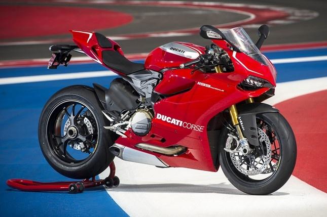 Sieu moto Ducati 1199 Panigale gap loi giam xoc sau hinh anh