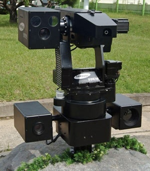 Samsung lon den co nao? hinh anh 4 Robot giám sát biên giới Samsung SGR-A1.