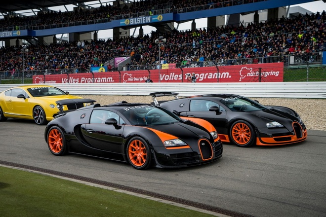 Hai Sieu Xe Bugatti Nhanh Nhất Thế Giới Song đoi Sieu Xe Zing Vn