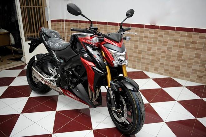 Chi tiet moto Suzuki 1.000 phan khoi moi ve Sai Gon hinh anh