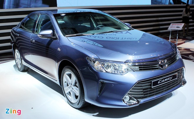 Toyota Camry the he moi hut khach hinh anh