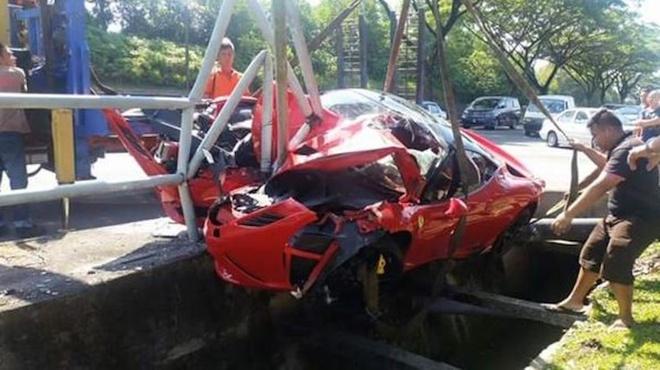 Ferrari 458 Speciale hu hong nang sau tai nan tai Malaysia hinh anh