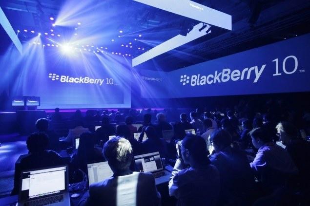 Con ai mua smartphone BlackBerry nua? hinh anh 1