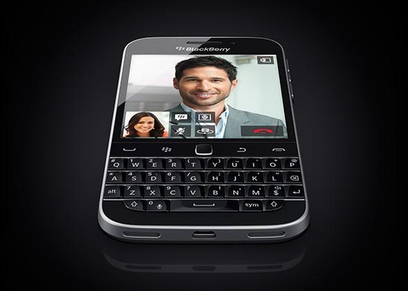 Con ai mua smartphone BlackBerry nua? hinh anh 2