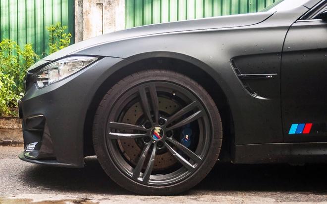 BMW M3 son den mo do ong xa tai Ha Noi hinh anh 2