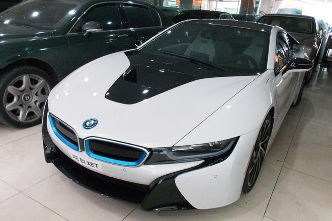 BMW i8 thu 5 tai Viet Nam co chu moi hinh anh