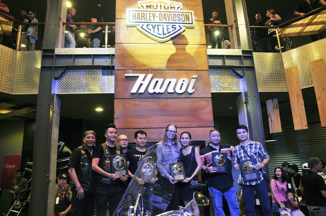 Toan canh le khai truong showroom Harley-Davidson Ha Noi hinh anh