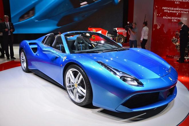 Sieu xe mui tran Ferrari 488 Spider tai trien lam Frankfurt hinh anh 1